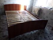 Продам кровать двухспальную б/у